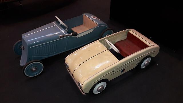 2 Renault Tin Pedal Cars