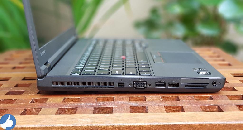 Cạnh trái ThinkPad W541 - Hỗ trợ cổng sạc USB Power Share, VGA, mDP, USB 3.0, Audio Jack 3.5, SD Card và Express Card