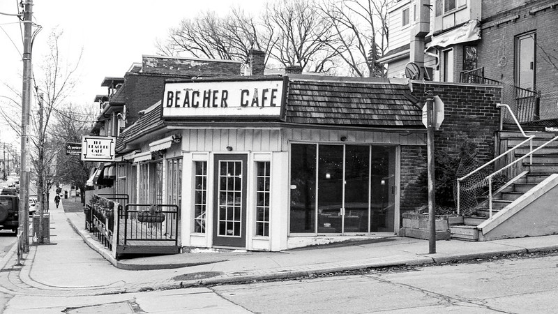 Beacher Cafe Midweek_
