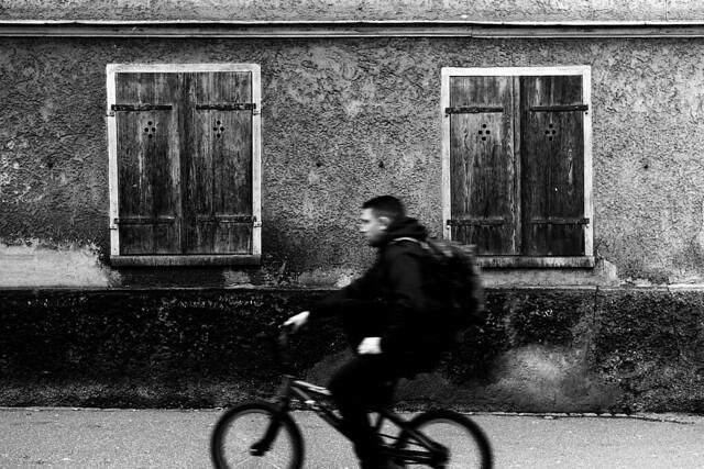 One-hand driver (Leica M6)