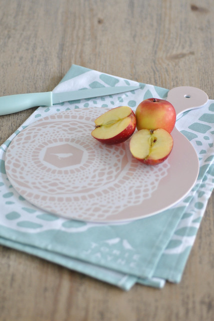 Cloud Pink 'Maisy' chopping board