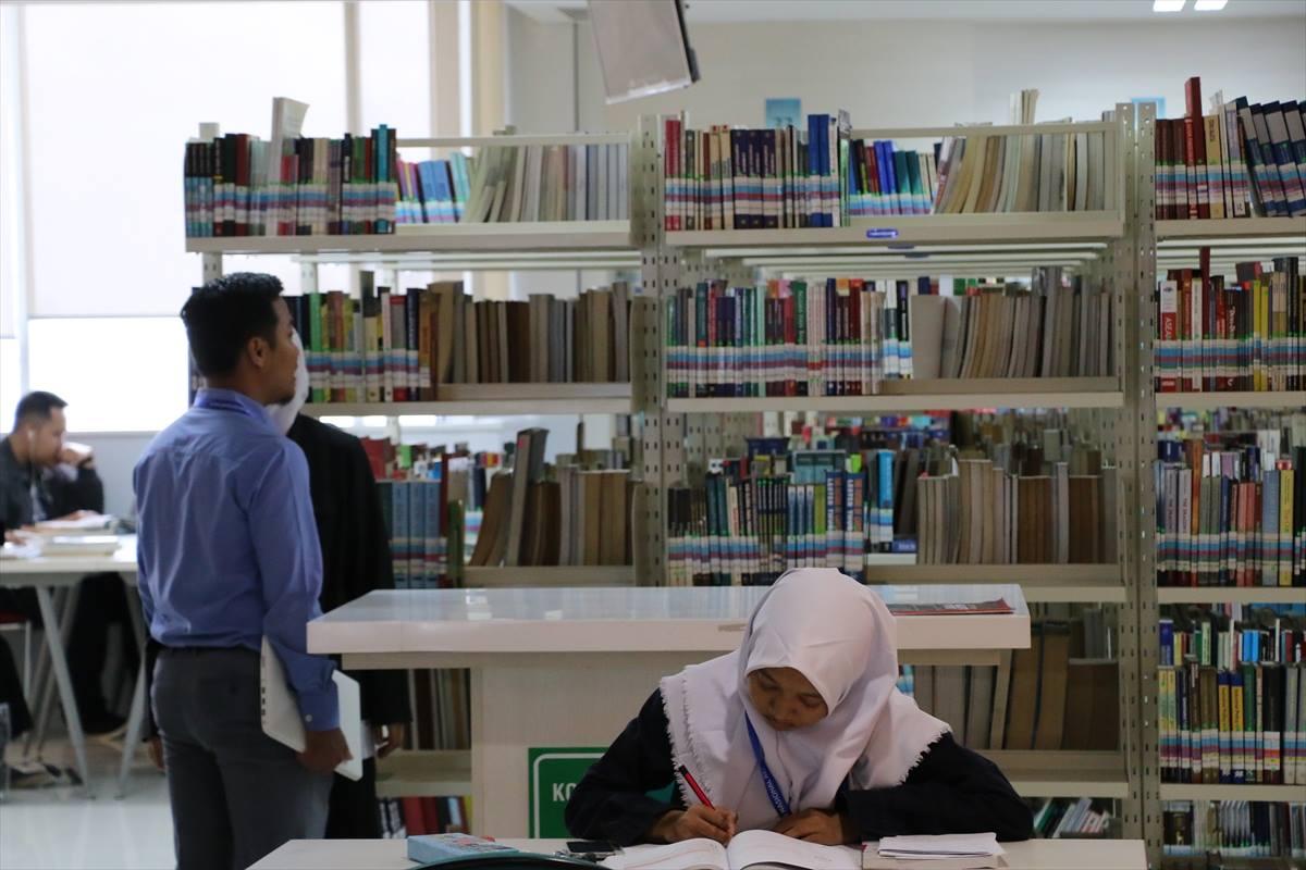 مكتبة 5