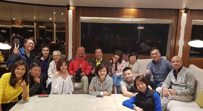 吳中純小姐帶我們乘坐遊艇看夕陽 (76)