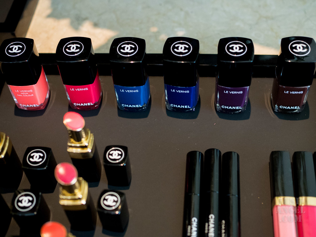 chanel-nail-color-2018
