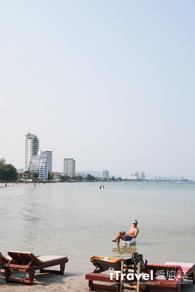 华欣景点推荐 筷子山海滩Khao Takiab beach (5)