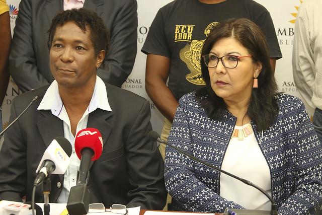 QUITO 10 ABRIL DE 2018 Rueda de prensa de la asambleísta Silvia Salgado junto con representantes de la Coordinadora Permanente de Solidaridad por la Paz y Seguridad Fronteriza