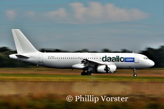 Daalo Airlines A320-231 ZS-GAO