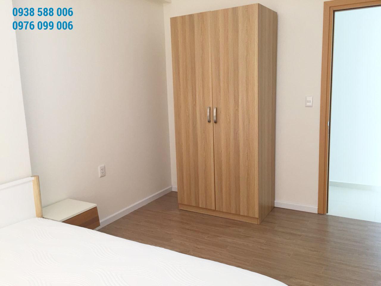 Nội thất tủ âm tường, giường ngủ tại căn hộ M-one 2 phòng ngủ cho thuê.
