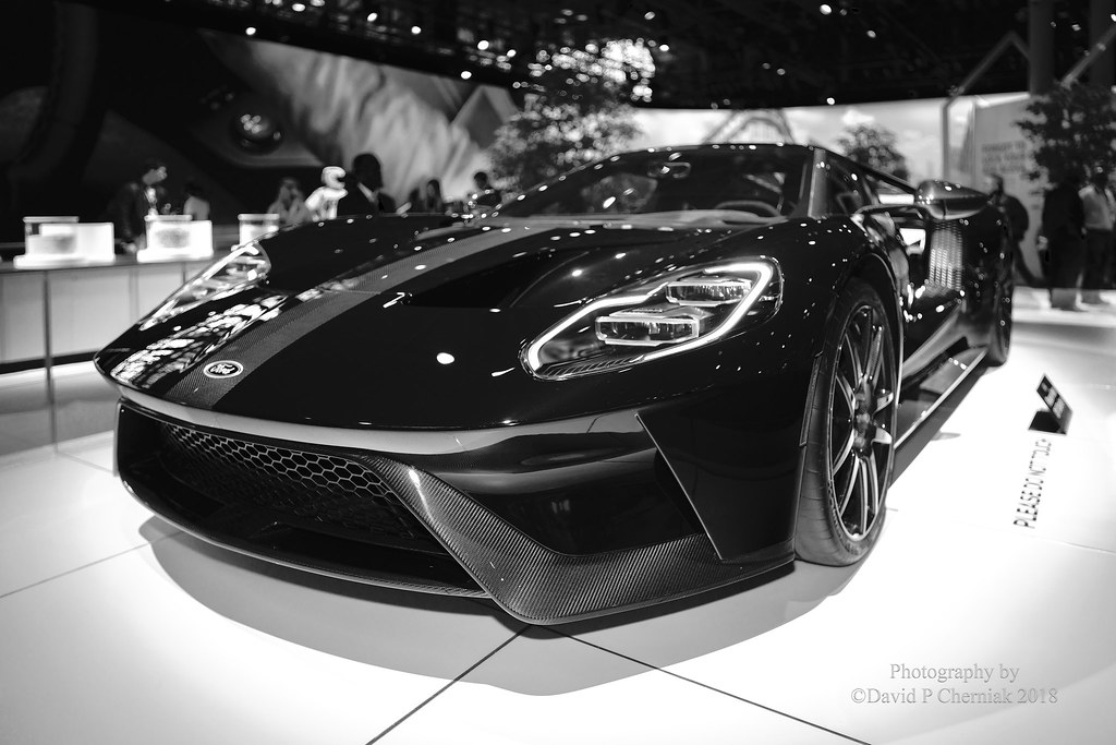Ford GT Competition Series BlackCarbon Fiber Stripe BW LF - Car show 2018 nyc
