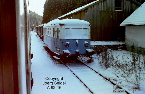 DE-94244 Gumpenried-Asbach Bahnhof Regentalbahn Beiwagen CBV 1 im Januar 1979