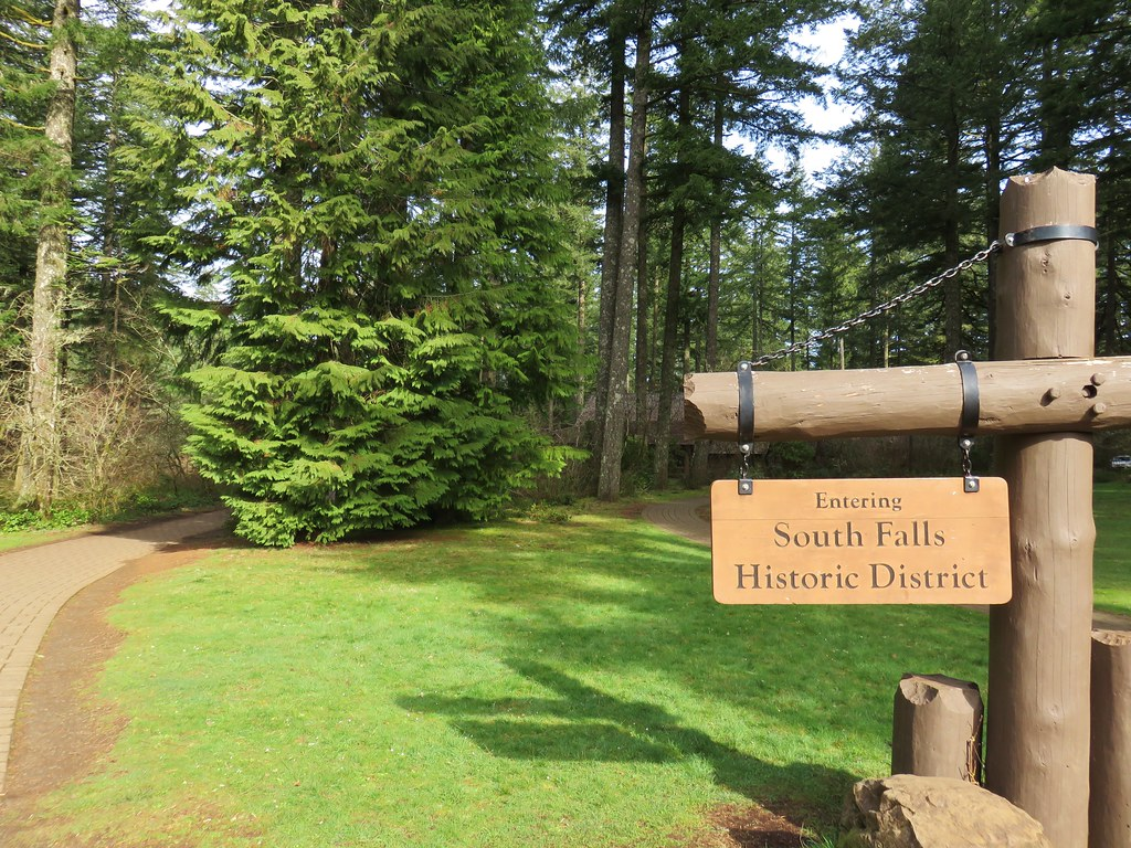 South Falls Historic District at Silver Falls State Park