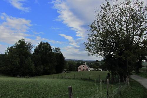 20120924 26 071 Jakobus Hügel Wolken Wald Wiese Bäume