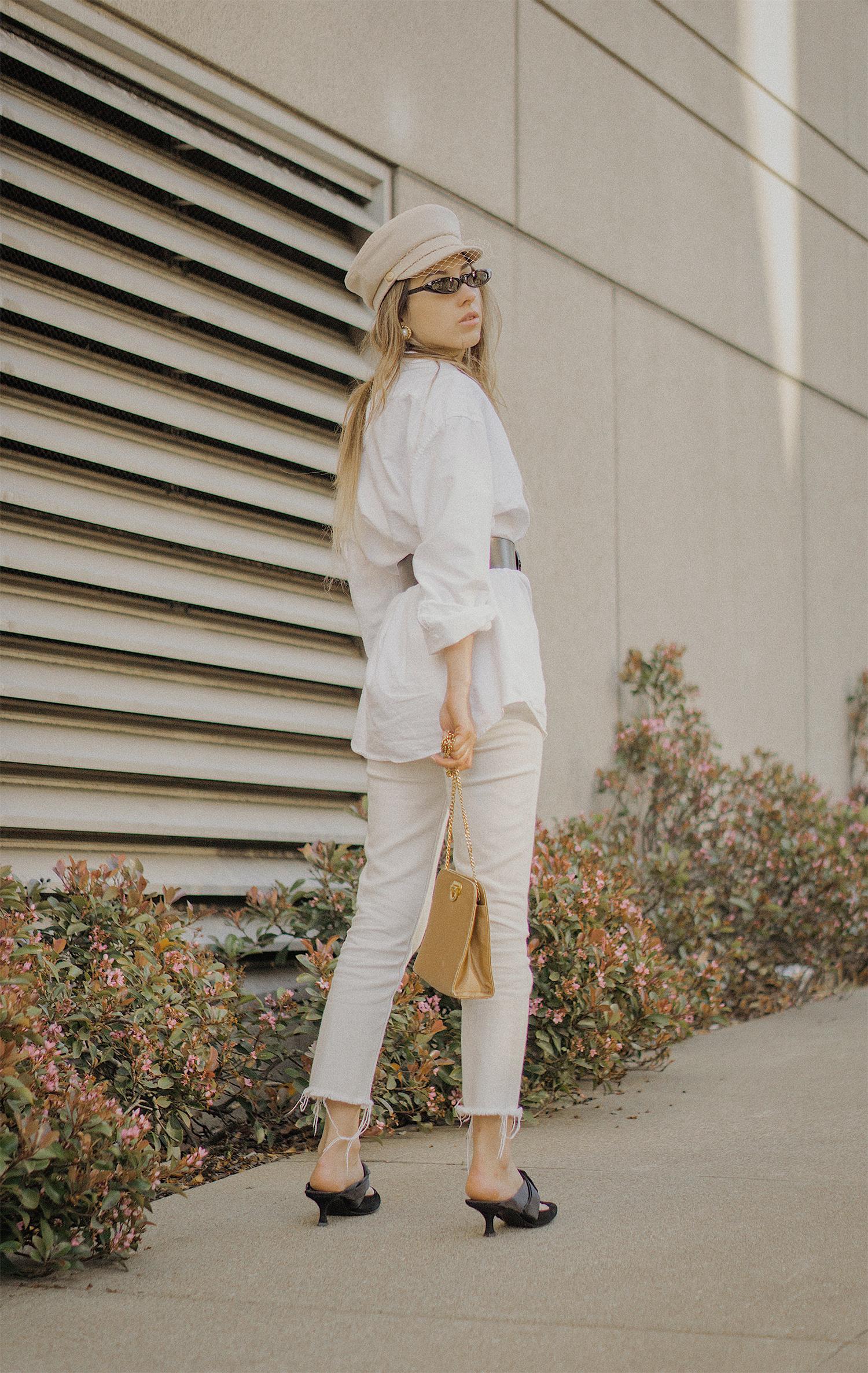 white_jeans_white_oversized_belted_man_cotton_shirt_vintage_bag_kitten_heel_cap_lenajuice_thewhiteocean_08