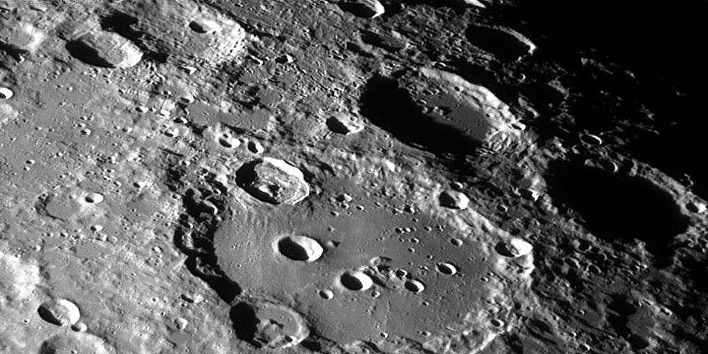 L'A.I. découvre des milliers de cratères non identifiés sur la lune
