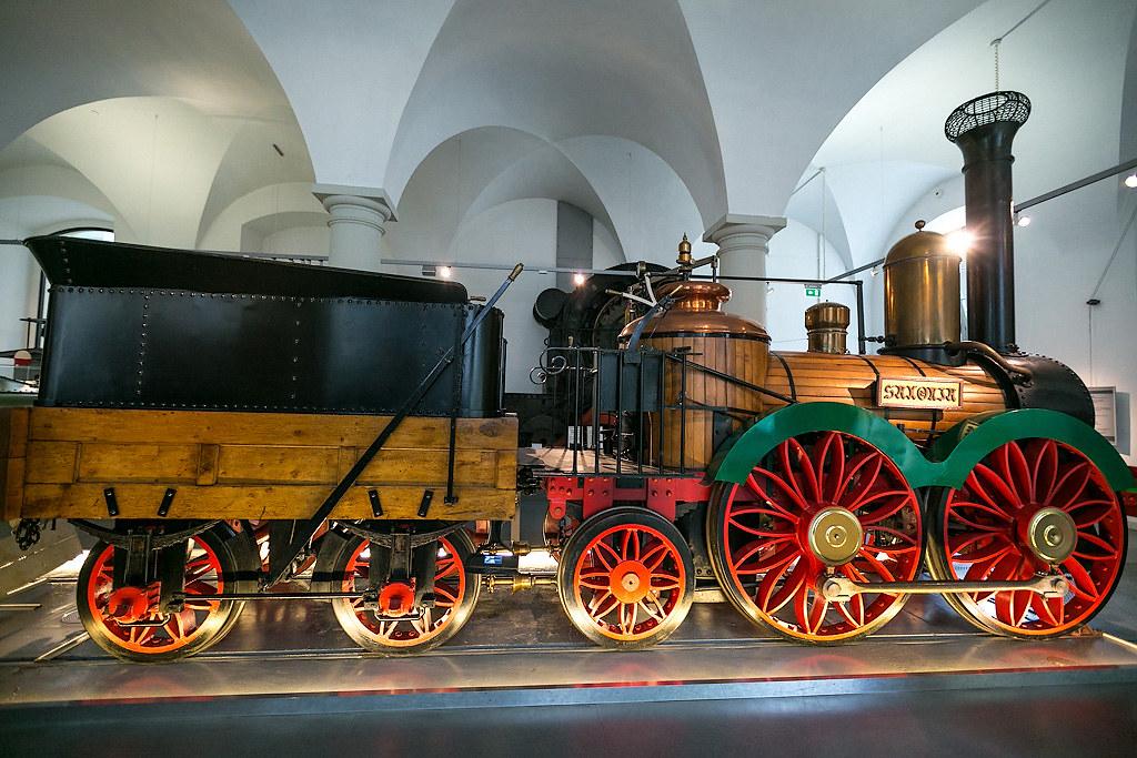 Паровозы и самолёты в Дрезденском музее транпорта