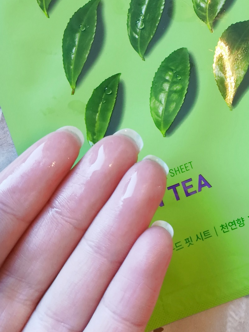 HOLIKA HOLIKA Green Tea Sheet Mask essence