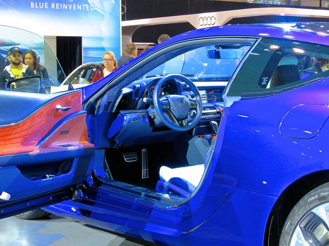 Lexus LC500 Blue