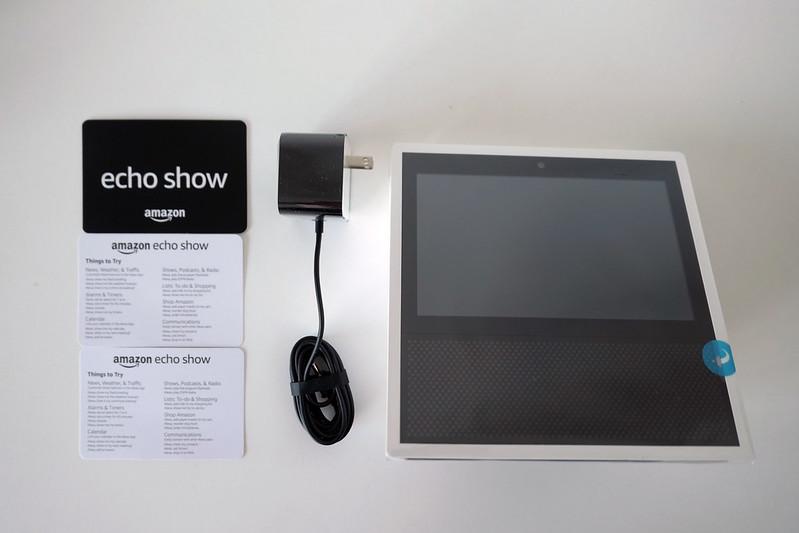 Amazon Echo Show - Box Content