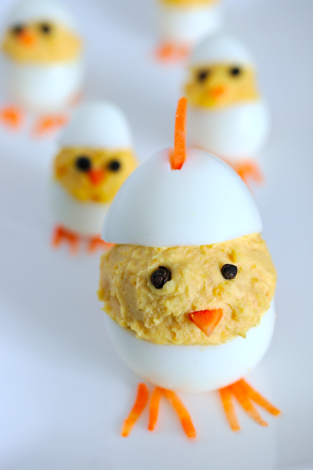 Deviled Easter egg chicks | Mother hen with baby chicks | platedpalate.com