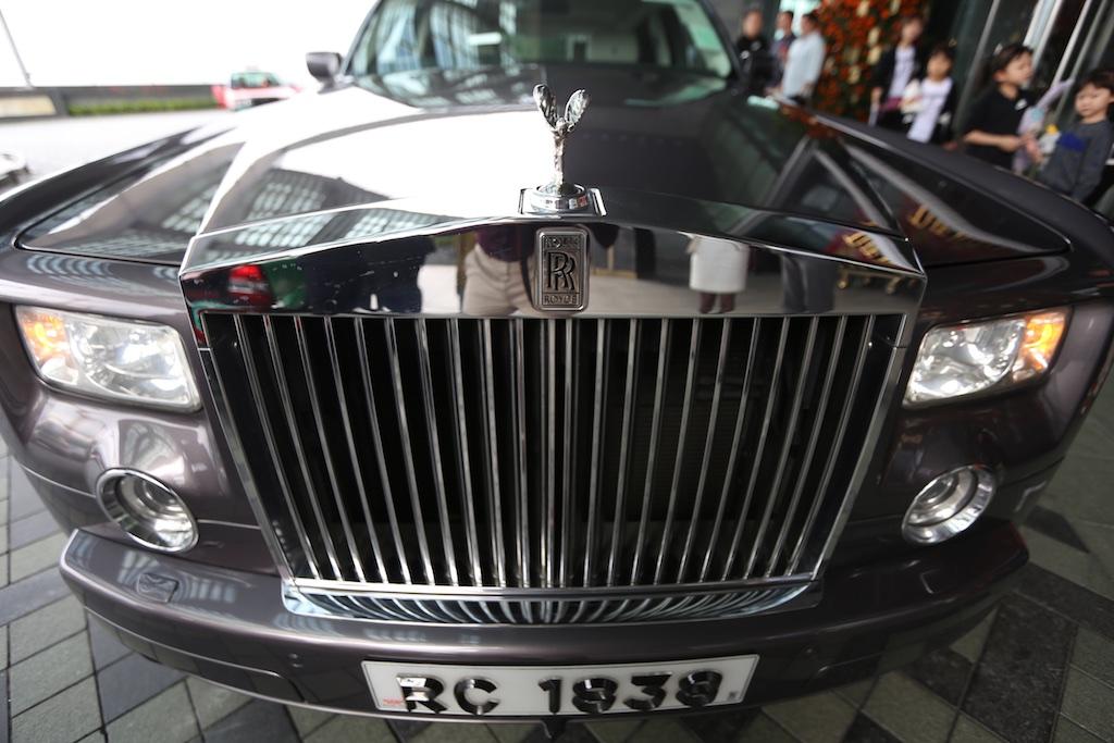 Rolls Royce Ritz-Carlton Hong Kong 1