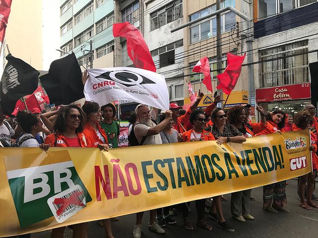 Multitud toma las calles de Salvador (estado de Bahía) en la apertura del Foro Social Mundial 2018 - Créditos: Catarina de Angola