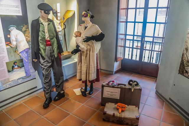 EZKONGAIAK - BASAURIKO INAUTERIAK- BIZKAIA/VIZCAYA - NOVIOS - CARNAVAL DE BASAURI . Museo de Orozko 2018 #DePaseoConLarri #Flickr -46