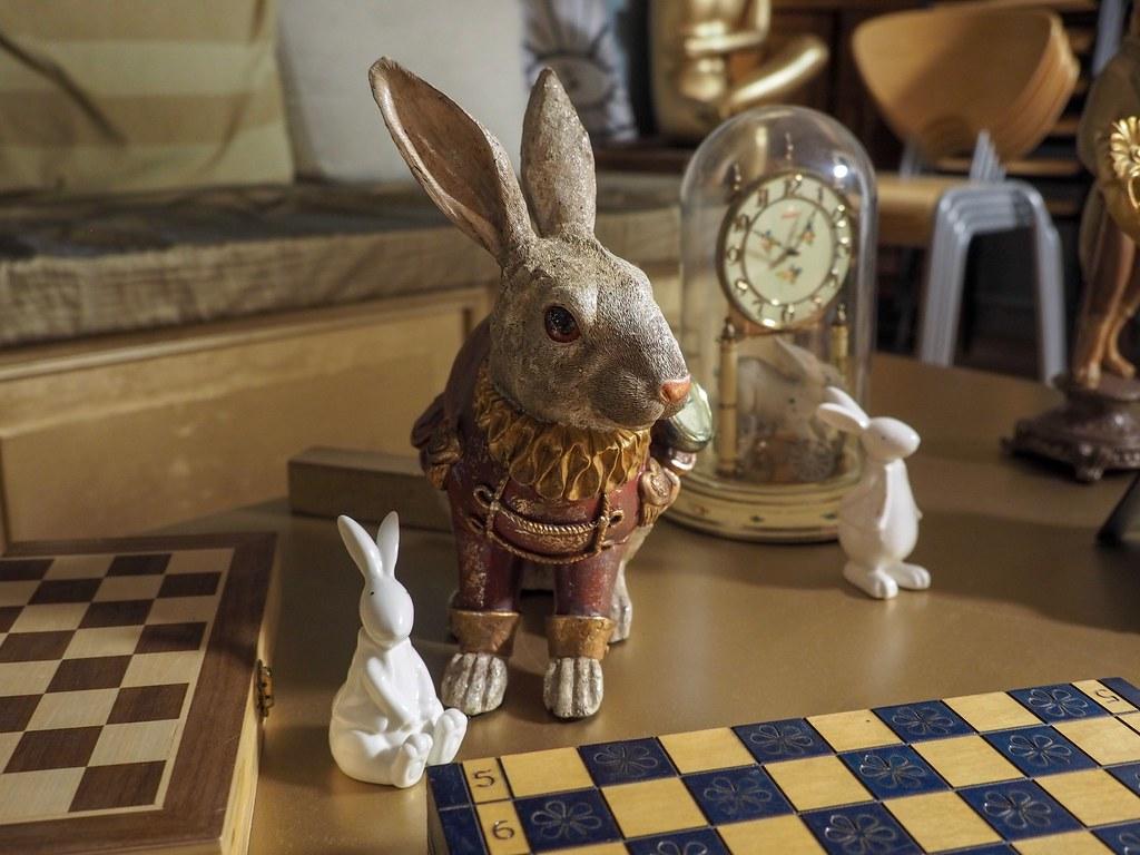 Room Escape Running Rabbit
