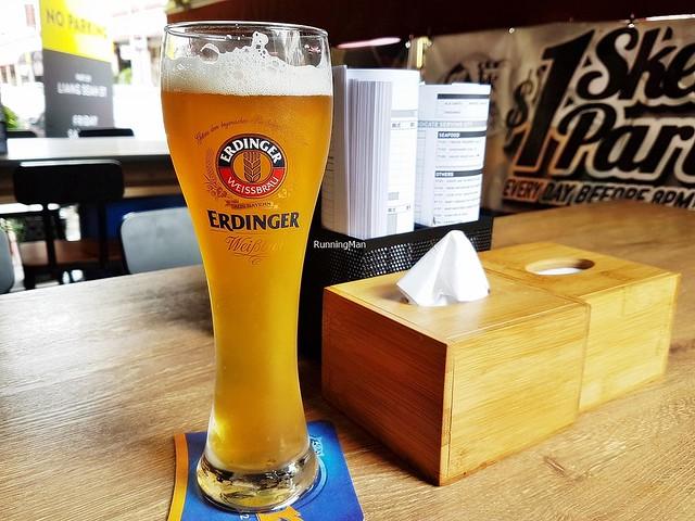 Beer Erdinger Weizenbier