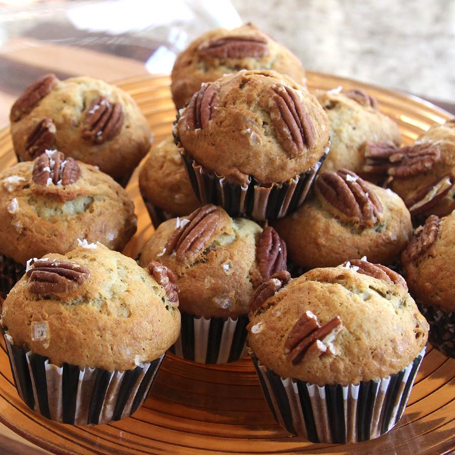 salted-banana-pecan-muffins-1