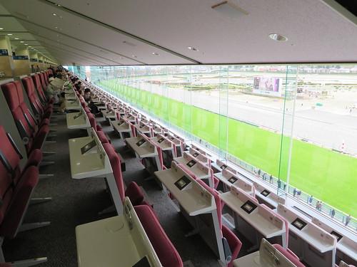 福島競馬場のC指定席