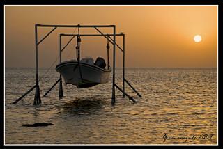 Sunrise at Askar waters