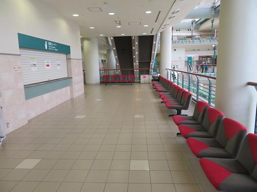 福島競馬場の4階廊下部分