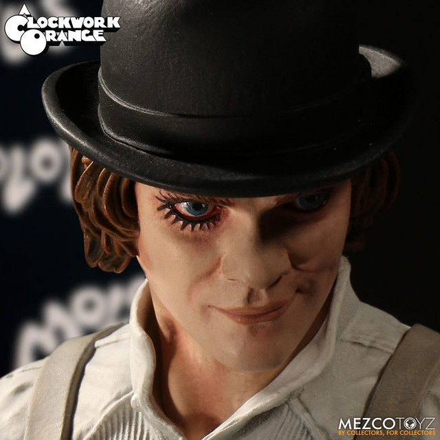「Well, well, well, my little Droogies.」MEZCO《發條橘子》艾力克斯 A Clockwork Orange Alex DeLarge 12 吋可動人偶作品