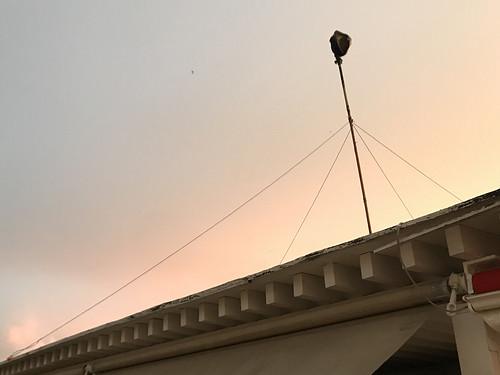 Antena ilegal para conectarse a internet