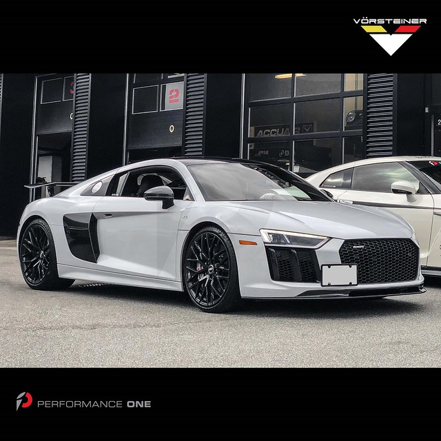 #frontendfriday · @vorsteiner VRS #carbonfiber aero front spoiler & VRS #carbon rear wing for #AudiR8 #V10plus