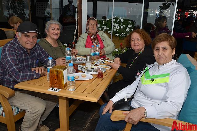 Melik Demirhan, Tanseli Demirhan, Zeliha Alyaz, Aynur Şahin, Birsen Bayram