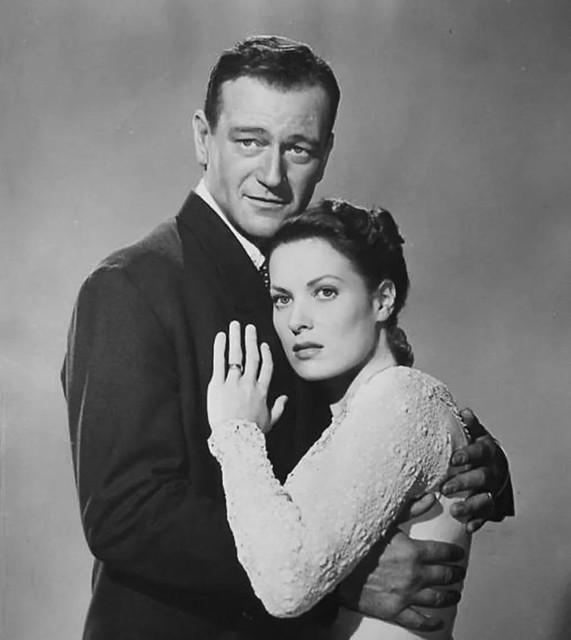 Maureen O`Hara and John Wayne - Photo 1