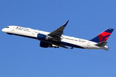 Delta Air Lines   Boeing 757-200   N550NW   Los Angeles International