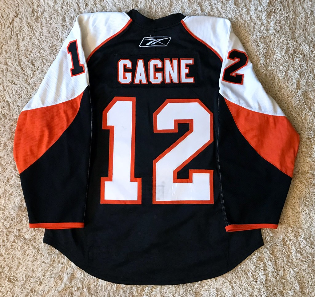 2008-09 Game Worn Simon Gagne, PS (back)