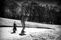 Hartcore golfers in snow ...