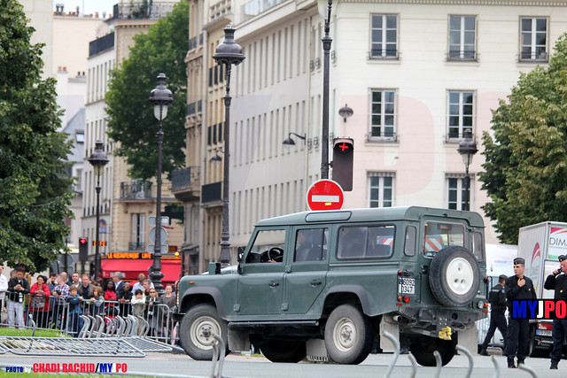 BDQJ14-1668 Durisotti Land Rover Defender