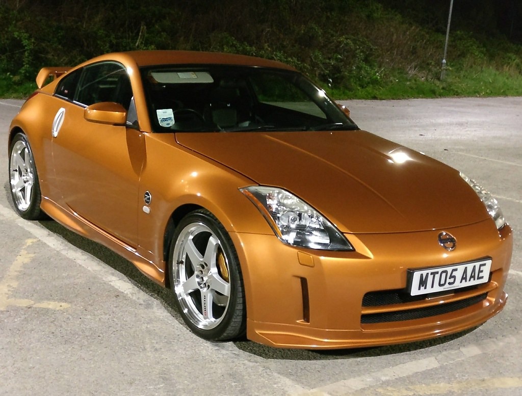 350z still looking fresh after more than 10 years