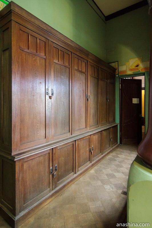 Шкафы, особняк Рябушинского