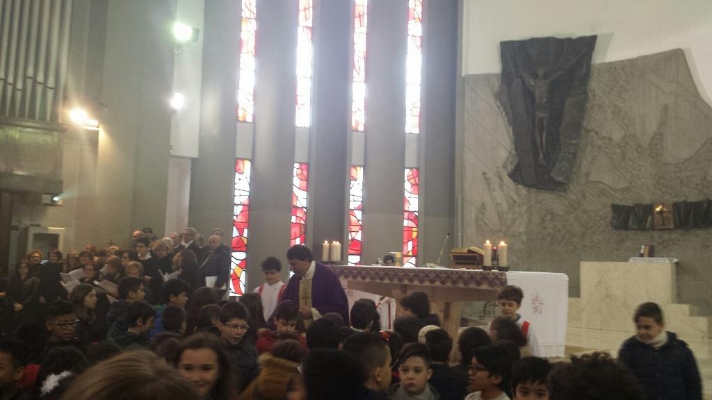 Festa in piazza della Vittoria per la facciata rinnovata della Chiesa