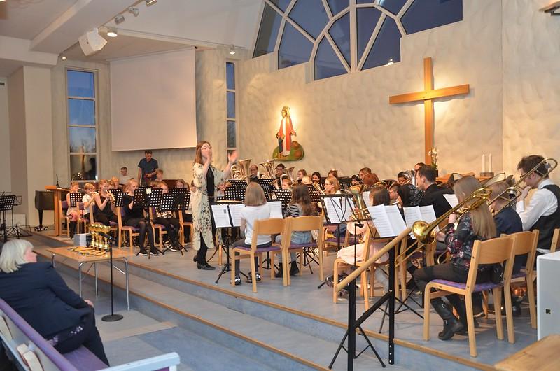 Unga nya musikanter i årets Framåt Brassband