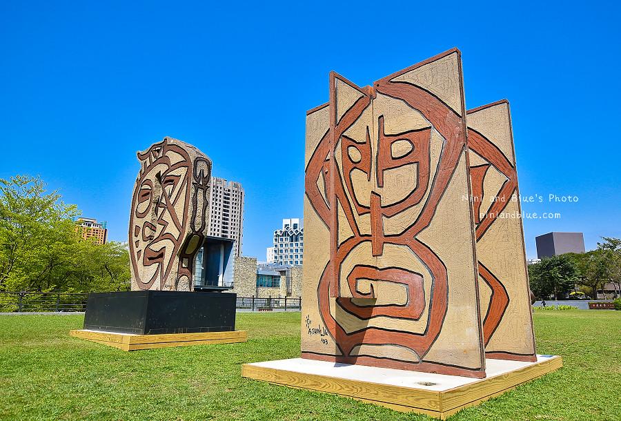 40062003015 2e5471d9db b - 吳炫三回顧展,巨型木雕圖騰.狂野震撼.台中新景點