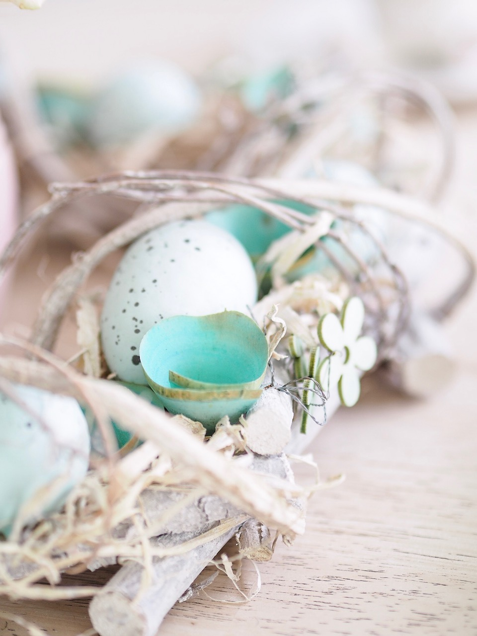 easter wreath details