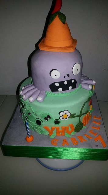 Plants vs. Zombies Themed Cake by Laila's Cakes & Cupcakes