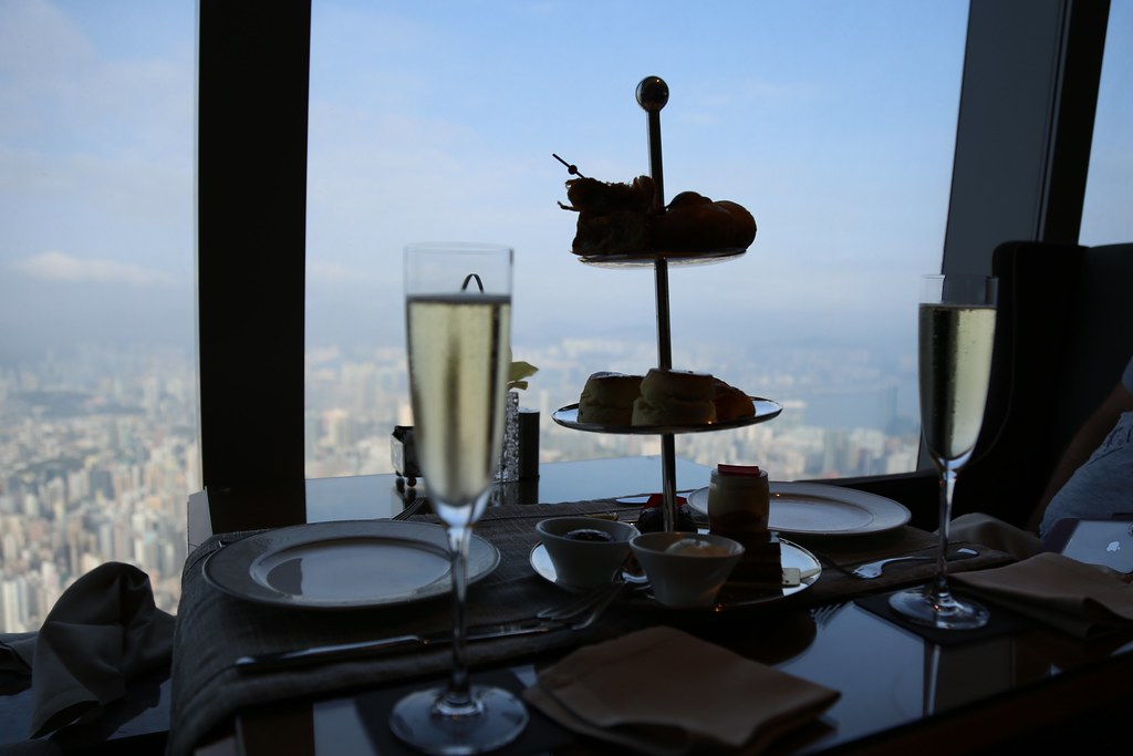 Ritz-Carlton Hong Kong Club Lounge 78