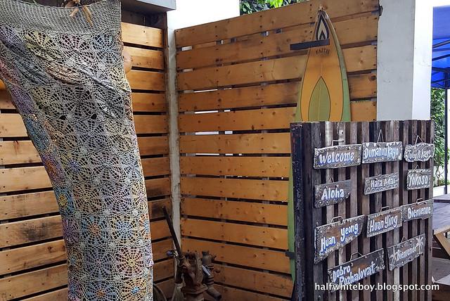 halfwhiteboy - surf shack, san juan, la union 05